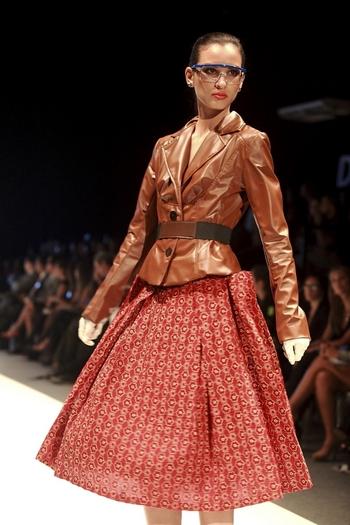 Ana Marнa Guiulfo представила свою коллекцию на Перуанской неделе моды. Фото: demodaenperu.com