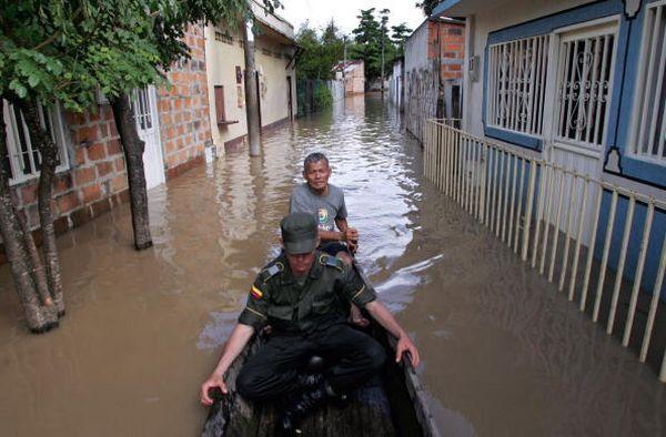 Колумбію затоплюють зливи. Фото: MAURICIO DUENAS/AFP/Getty Images