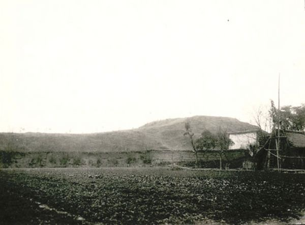 Пейзажі й життя людей провінції Сичуань близько 100 років тому. Фото з aboluowang.com