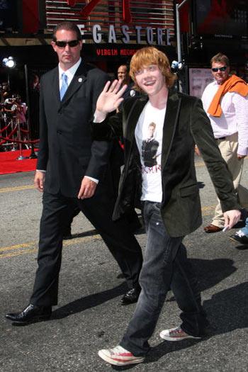 Актор Руперт Грінт (Rupert Grint) відвідав прем'єру фільму «Гарі Поттер і Орден Фенікса», яка відбулася в Голлівуді 8 липня. Фото: Alberto E. Rodriguez/Getty Images