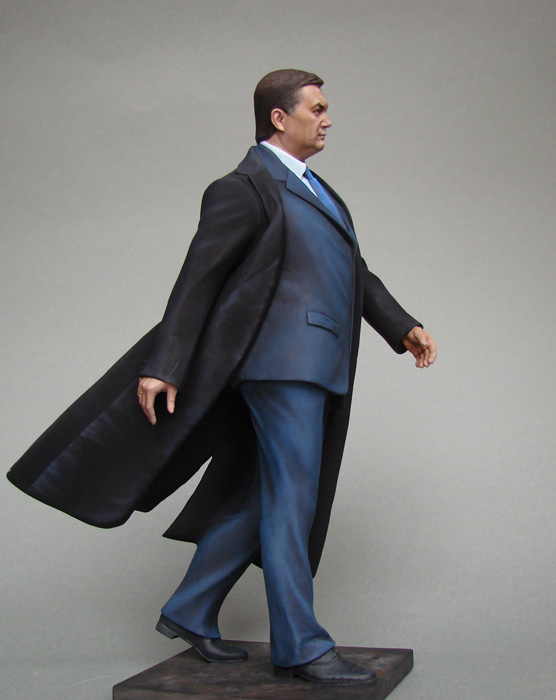 Миниатюра Президента Украины Виктора Януковича (М1:6), октябрь 2011 года. Фото: ruvit.ru
