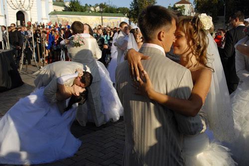 Первый танец молодых. Фото: Владимир Бородин/Великая Эпоха