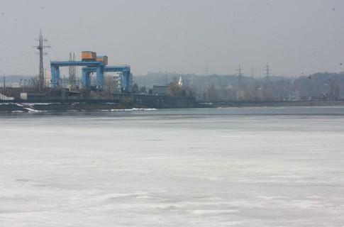 К Киевскому морю плывут ядохимикаты