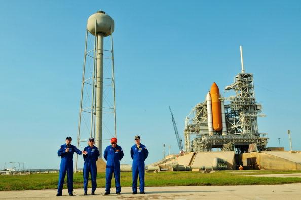 Предполетная пресс-конференция экипажа «Атлантиса». Фото: Roberto Gonzalez/Getty Images
