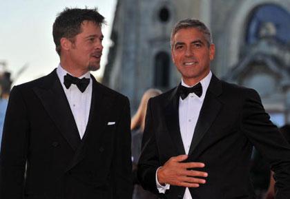 Венеция. Италия. Актёры Бред Питт (Brad Pitt) и Джордж Клуни (George Clooney) посетили открытие 65 кинофестиваля в Венеции. Фото: Pascal Le Segretain/Getty Images