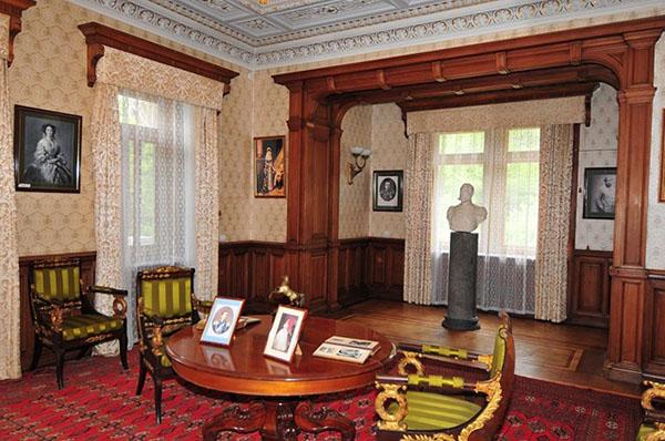 Массандровский дворец внутри. Фото: lifeglobe.net