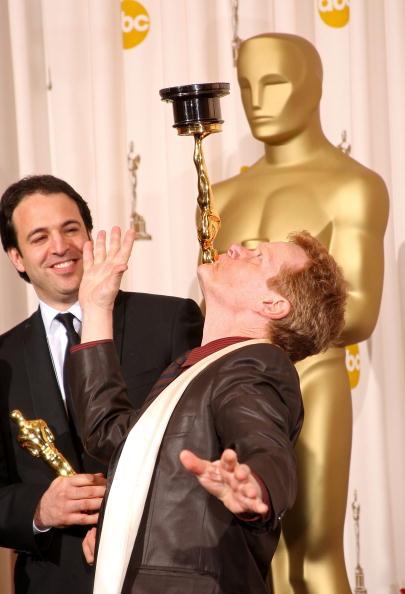 Филипп Петит - главный герой фильма 'Канатоходец', который получил Оскар как 'Лучший полнометражный документальный фильм'. Фото: Jason Merritt/Getty Images