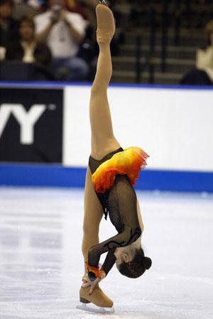 Во время своих выступлений Саша неизменно демонстрирует свою удивительную растяжку. Фото: Robert Laberge/Getty Images
