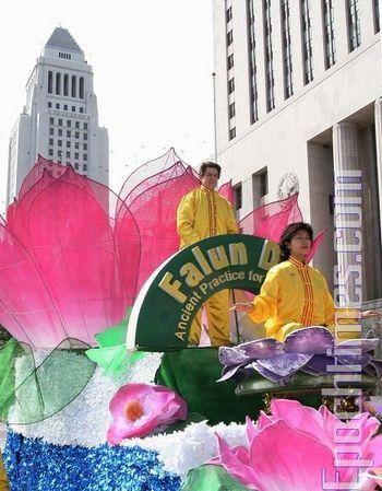 Хід проти репресій Фалуньгун в Китаї. Фото: Лі Ша/Велика Епоха