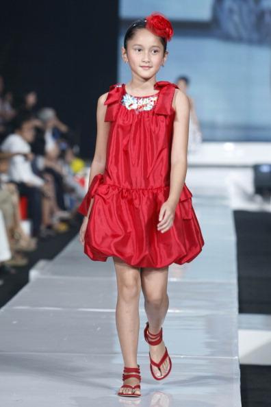 Дитяча колекція від Sebastian Gunawan у Джакарті. Фото Фото: Ulet Ifansasti/getty Images for Jakarta Fashion Week