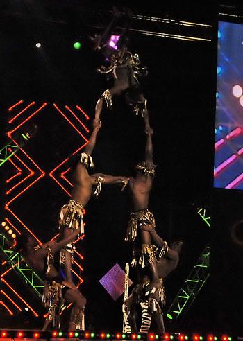 Унікальні танцюристи Африки 'Rasta Mombasa' (Кенія). Фото: Вікторія Тюріна/Велика Епоха