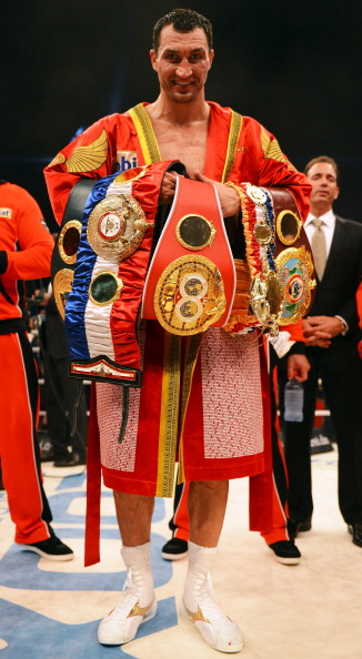 Владимир Кличко - Тони Томпсон Фото: Christof Koepsel, Lars Baron /Getty Images Sport