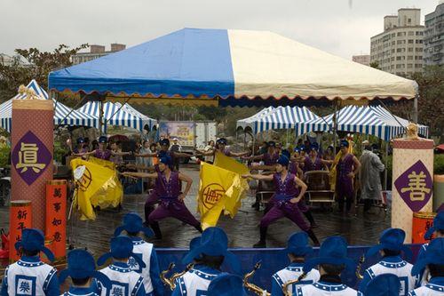 Выступление барабанщиков. Фото: Ван Женцзюнь/Великая Эпоха
