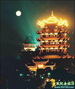 Башня Жёлтого журавля (Хуанхэлоу). Фото с baike.baidu.com