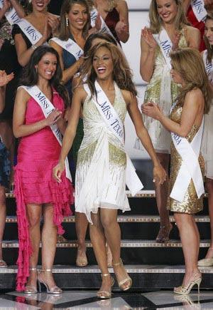Второе место заняла Шила Филлипс (Shilah Phillips) - первая афроамериканка, выигравшая титул Мисс Техас. Фото: Ethan Miller/Getty Images