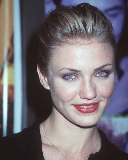 Голубоглазая начинающая актриса на премьере фильма «Чувствуя Миннесоту», 1996 год. Фото: Getty Images