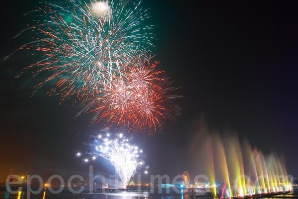 Новогодний салют. Тайвань. Февраль 2011 год. Фото: The Epoch Times