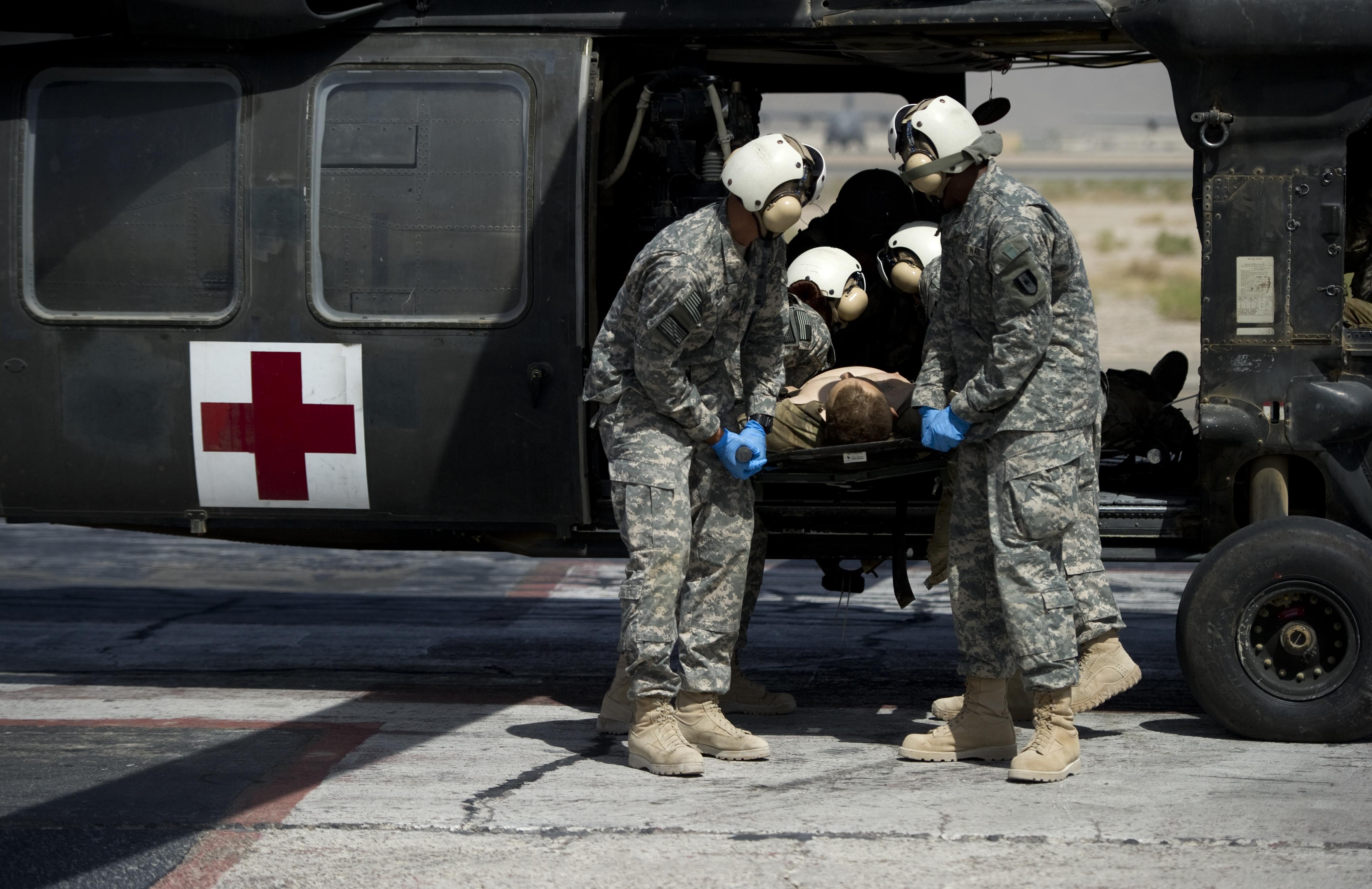 Отруїлися більше 200 військовослужбовців Міжнародних сил безпеки