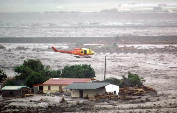Тайфун «Маракот» лютує на Тайвані. Фото: AFP / Getty Images