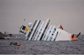 На лайнере Costa Concordia найдены тела еще восьми погибших