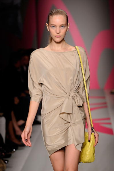Колекція DKNY 'Весна 2010'. Фото: Fernanda Calfat/getty Images
