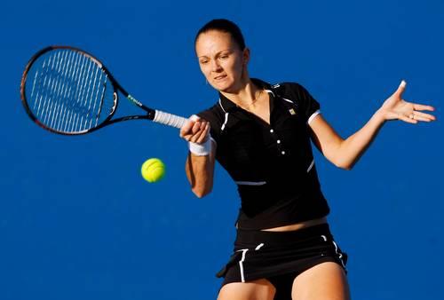 Перебийніс Тетяна (Україна) (Tatiana Perebiynis of the Ukraine) під час відкритого чемпіонату Австралії з тенісу. Фото: Lucas Dawson/Getty Images)