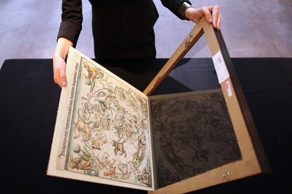 Зоряні карти Дюрера стали першими по-справжньому докладними картами зоряного неба. Фото: Dan Kitwood/Getty Images