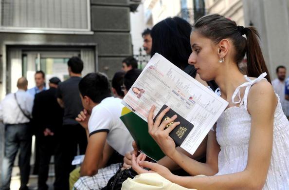 Польша откроет еще 14 визовых центров в Украине