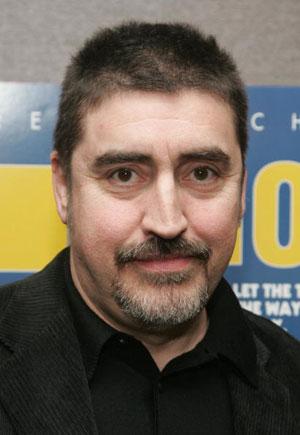 Альфред Молина (Alfred Molina) на премьере фильма 'Мистификация' (The Hoax) Фото: Peter Kramer/Getty Images