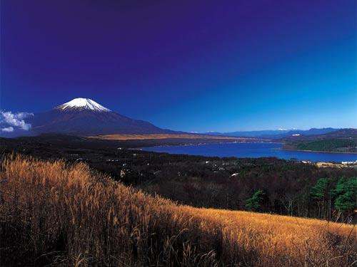 Горы Фудзи (Фудзияма), Япония.