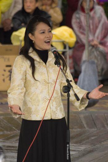 Послідовники «Фалуньгун» виконали пісні «Фалунь Дафа несе добро» і «Прийшов заради тебе». Фото: Ван Женцзюнь/Велика Епоха