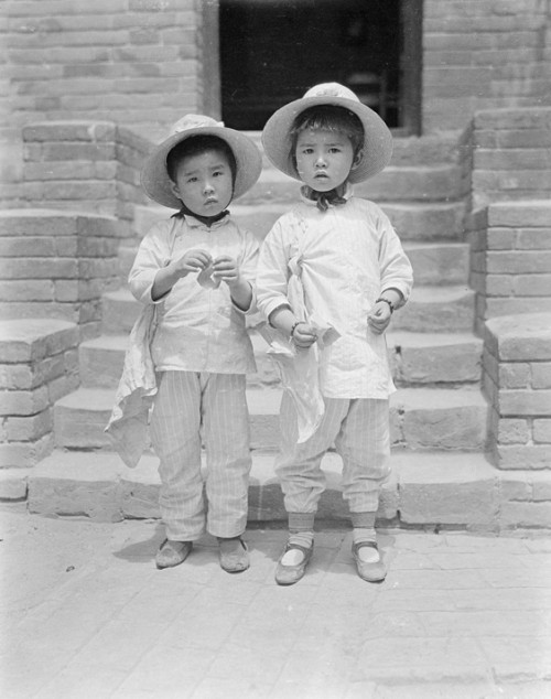 Дети времён Китайской республики. Пекин. Фото с aboluowang.com