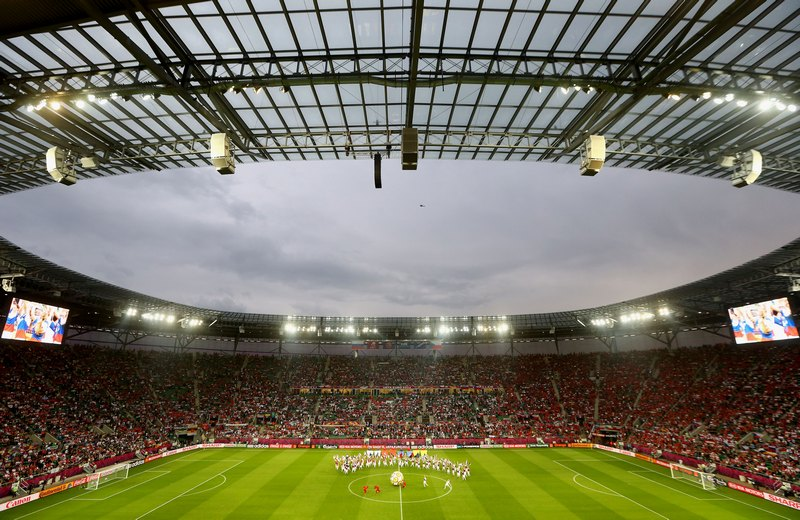 Матч между командами Россия — Чехия на городском стадионе Вроцлава 8 июня. Фото: Christof Koepsel/Getty Images