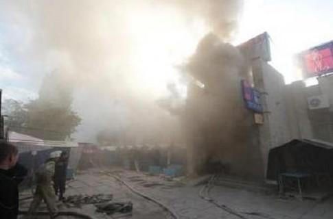 Пожар произошел в центре Евпатории.