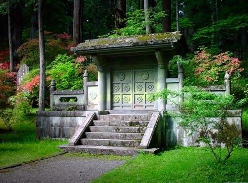 Средневековый храм в Японии.