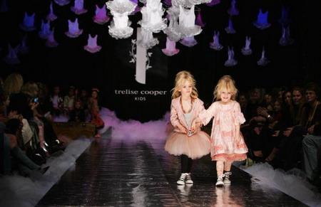 Колекція дитячого одягу від Треліс Купер (Trelise Cooper) на Тижні моди у Новій Зеландії. Sandra Mu/Getty Images