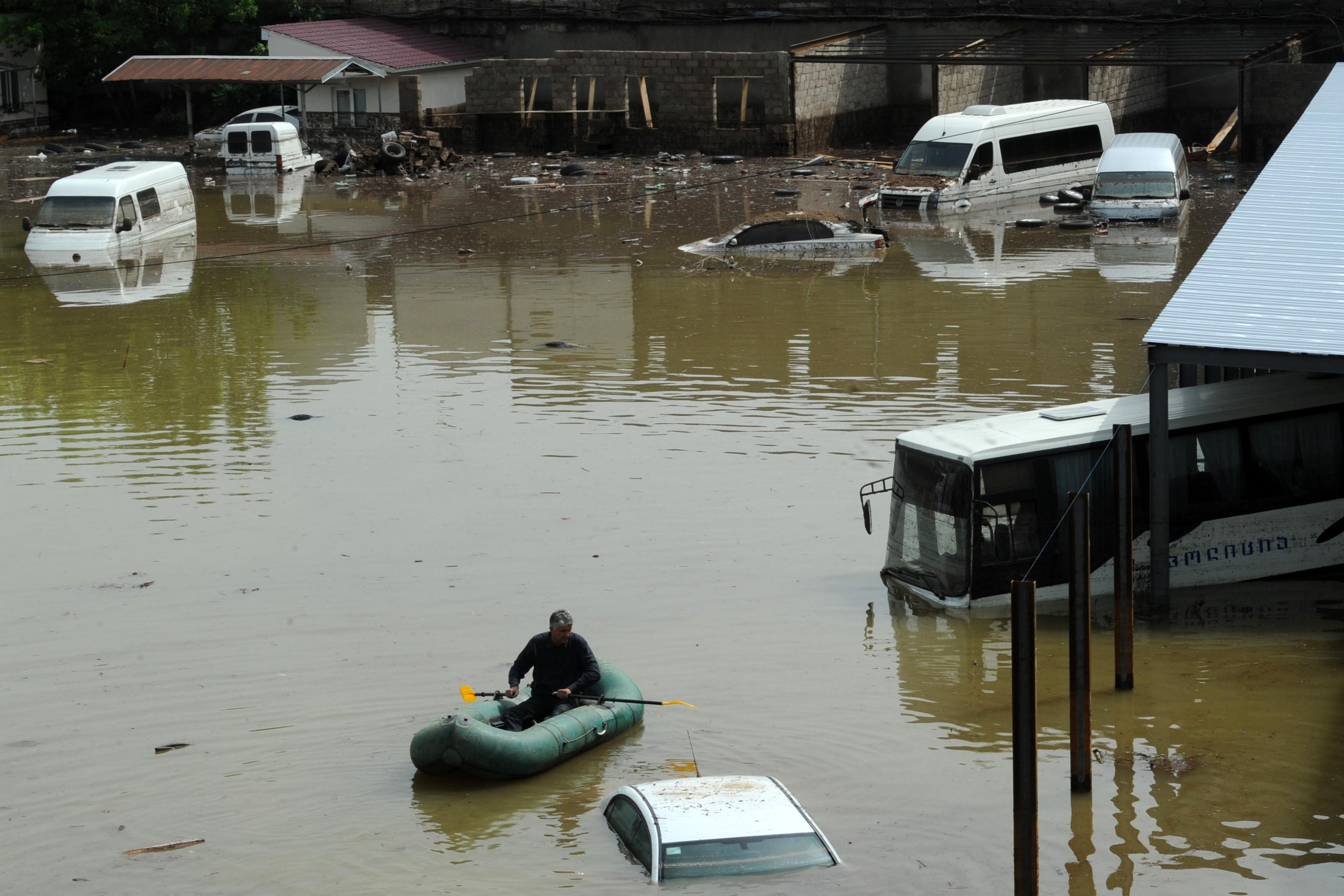 Грузия пережила самое мощное наводнение за последние 40 лет