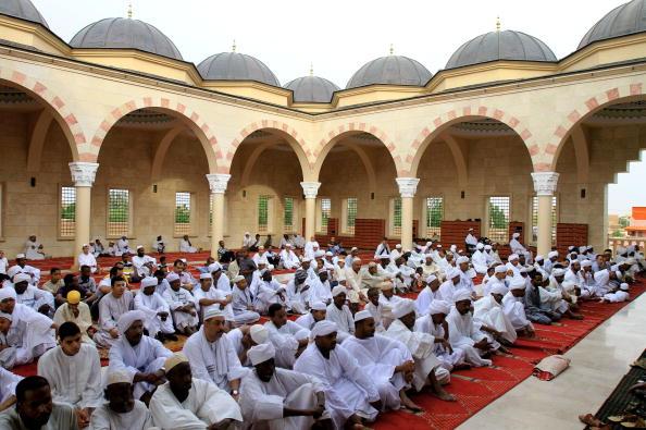 Влада Шрі-Ланки вишле з країни понад 160 проповідників