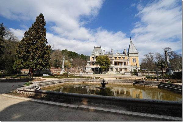 Массандровский дворец. Фото: lifeglobe.net
