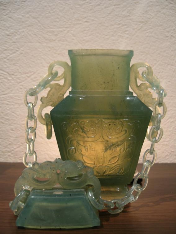 Китайський антикваріат: нефритова ваза. Фото: Тарас Литвин