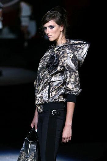 Колекція весняного одягу від L.A.M.B. на тижні моди Mercedes-Benz Fashion Week у Нью-Йорку. Фото: Frazer Harrison/Getty Images for IMG