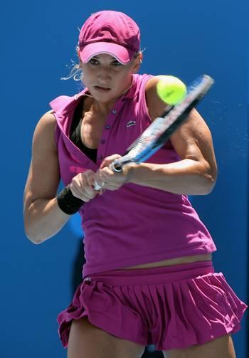 Тетяна Головін (Франція) (Tatiana Golovin of France) під час відкритого чемпіонату Австралії з тенісу. Фото: Robert Prezioso/Getty Images
