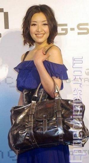 Жіноча сумка. Тенденція сезону «Весна - літо».фото: Хуан Цзунмао,The Epoch Times