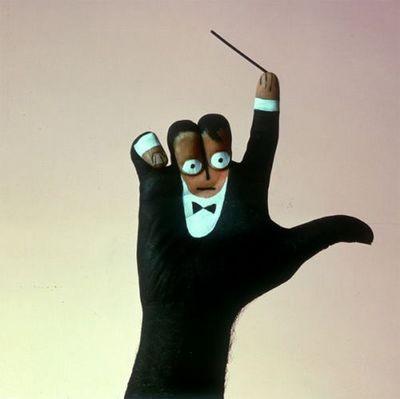 Що можна зробити за допомогою пальців? Фото з aboluowang.com