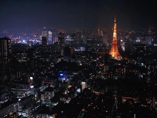 Нічне Токіо. Японія.