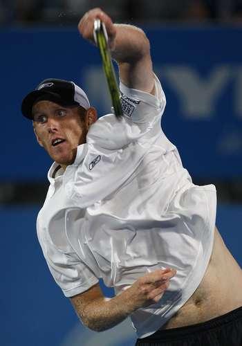 Кріс Гуччіоне (Австралія) під час змагання з Дмитром Турсуновим (Росія) в Сіднеї. Фото: DAVID HANCOCK/AFP/Getty Images
