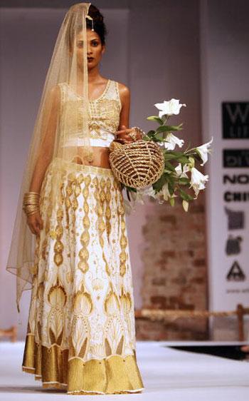Тиждень моди Wills India Fashion Week, що проходив в індійському Нью-Делі. Фото: TAUSEEF MUSTAFA/AFP