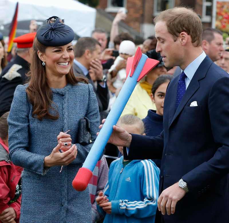 Ноттингем, Англия, 13 июня. Принц Вильям с супругой Кэтрин участвуют в детском спортивном конкурсе в рамках посещения парка Вернон. Фото: WPA Pool/Getty Images