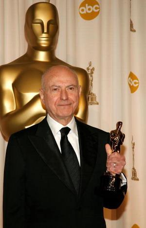 Алан Аркін (Alan Arkin) отримав 'Оскар' за 'Краще виконання чоловічої ролі другого плану' у фільмі 'Маленька міс Щастя' (Little Miss Sunshine). Фото:Vince Bucci/Getty Images