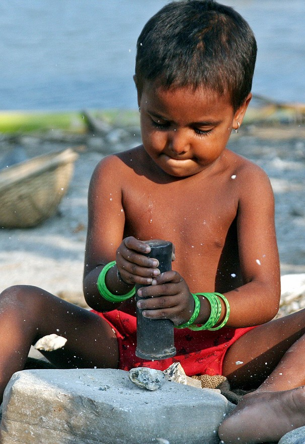 child labour in urdu New york: during a high-level meeting in the united nations on wednesday, an indian representative told members of the un general assembly that some of the recently enacted laws have legalised child labour in many sectors in india.